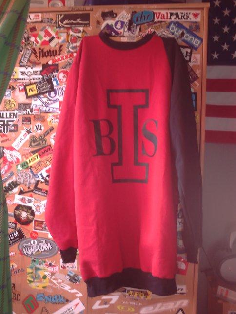 Bi.s crewneck
