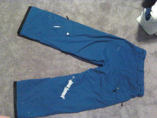 LDC pants back