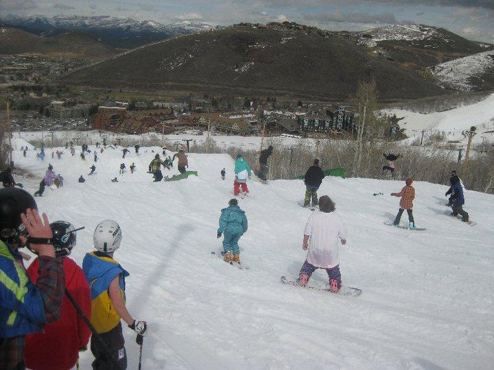 Eheath snowboarding