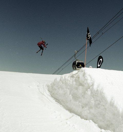 Mammoth Spring Skiing