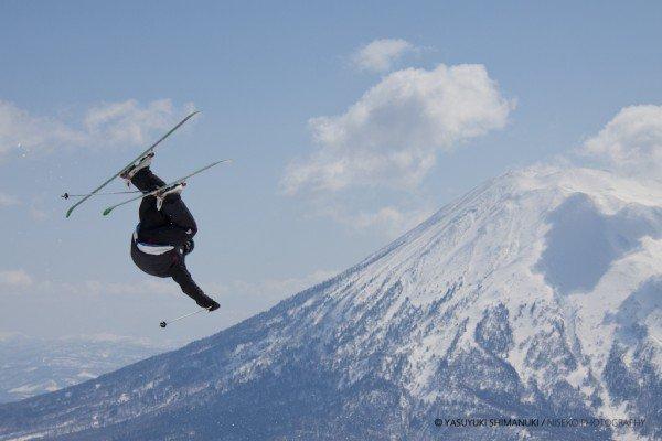 Yohei Sasaki with Mt.Yotei