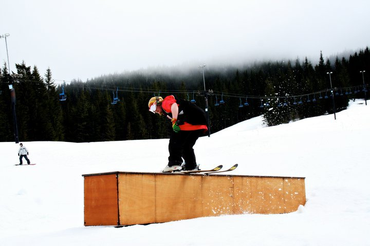 Ski bowlin'
