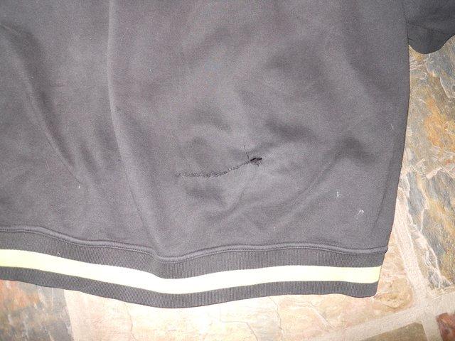 Line black hoodie hole