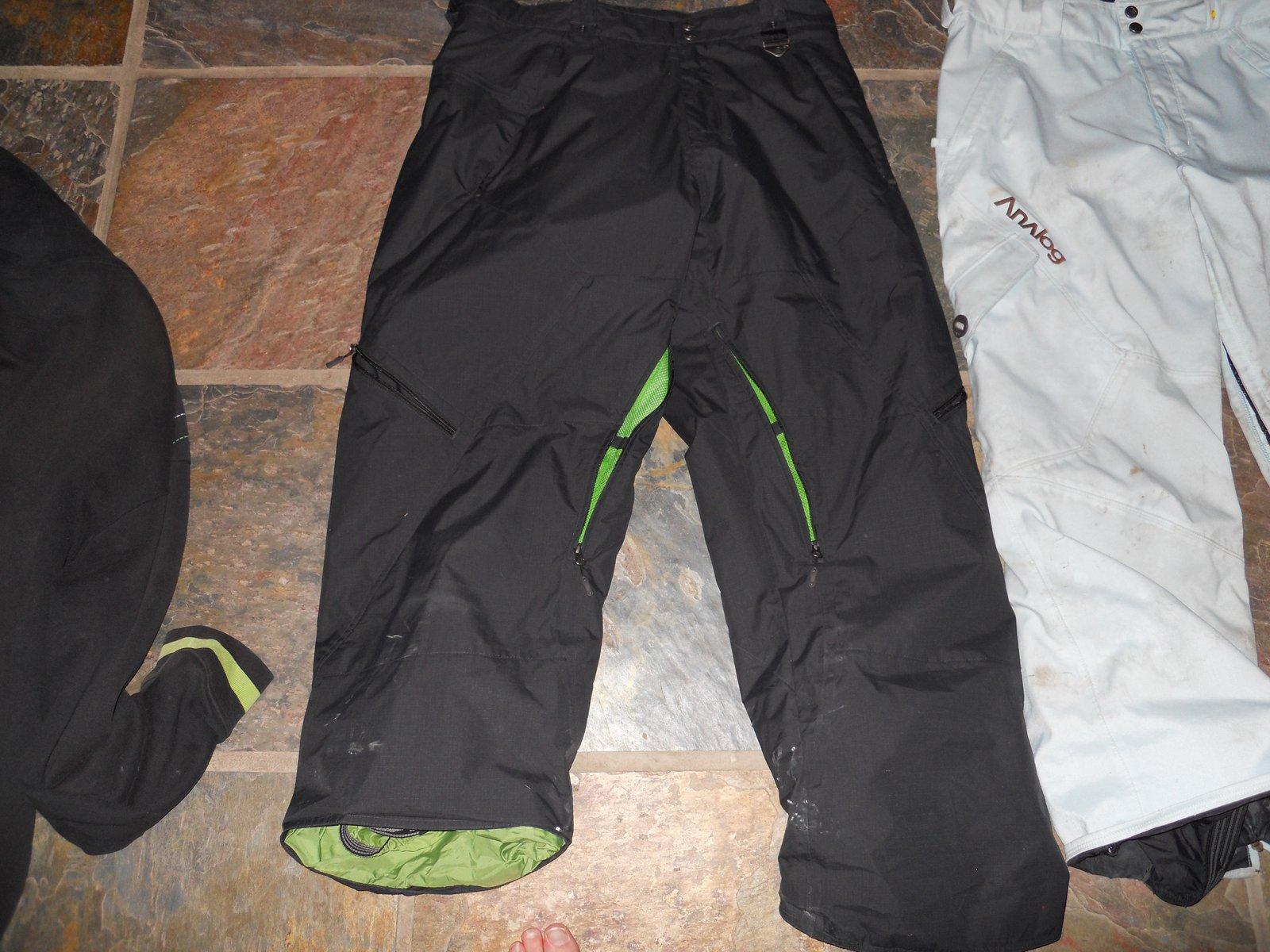 Black oakley pants for sale