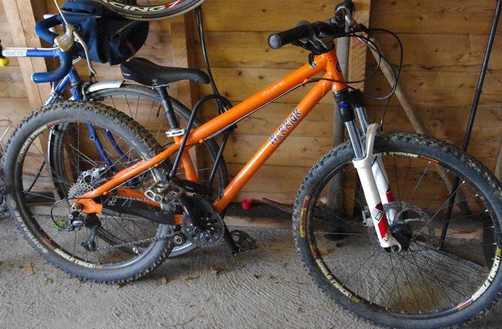 Cube Warrior bike