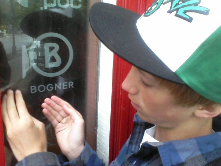 Bogner love