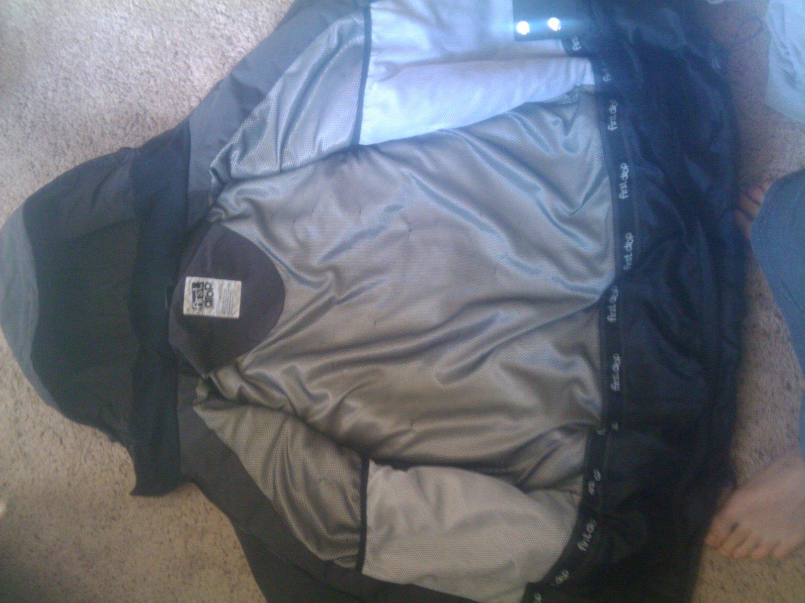FD coat open