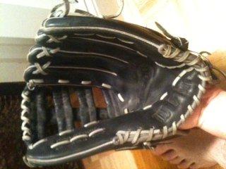 Glove4
