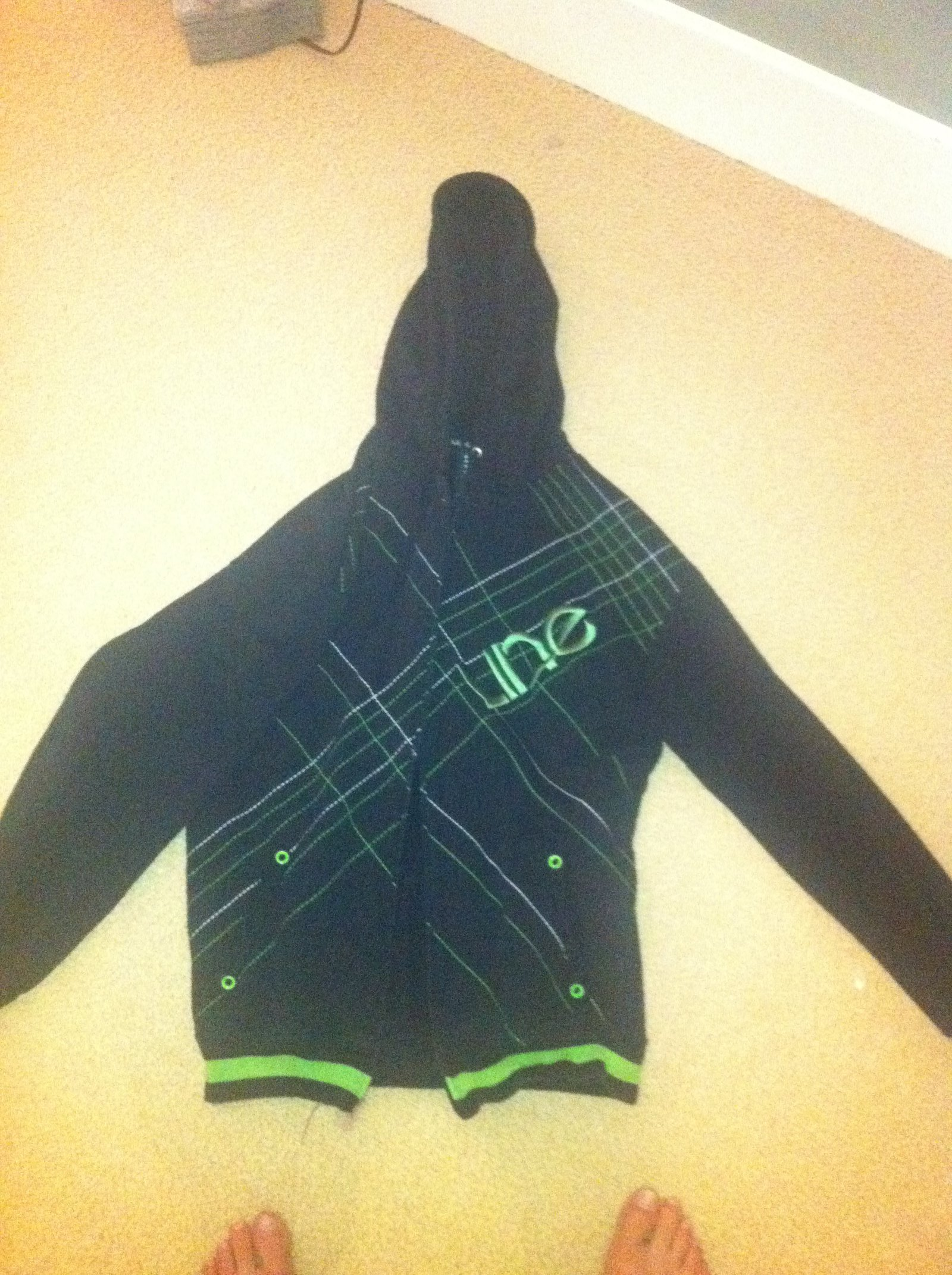 Line hoodie