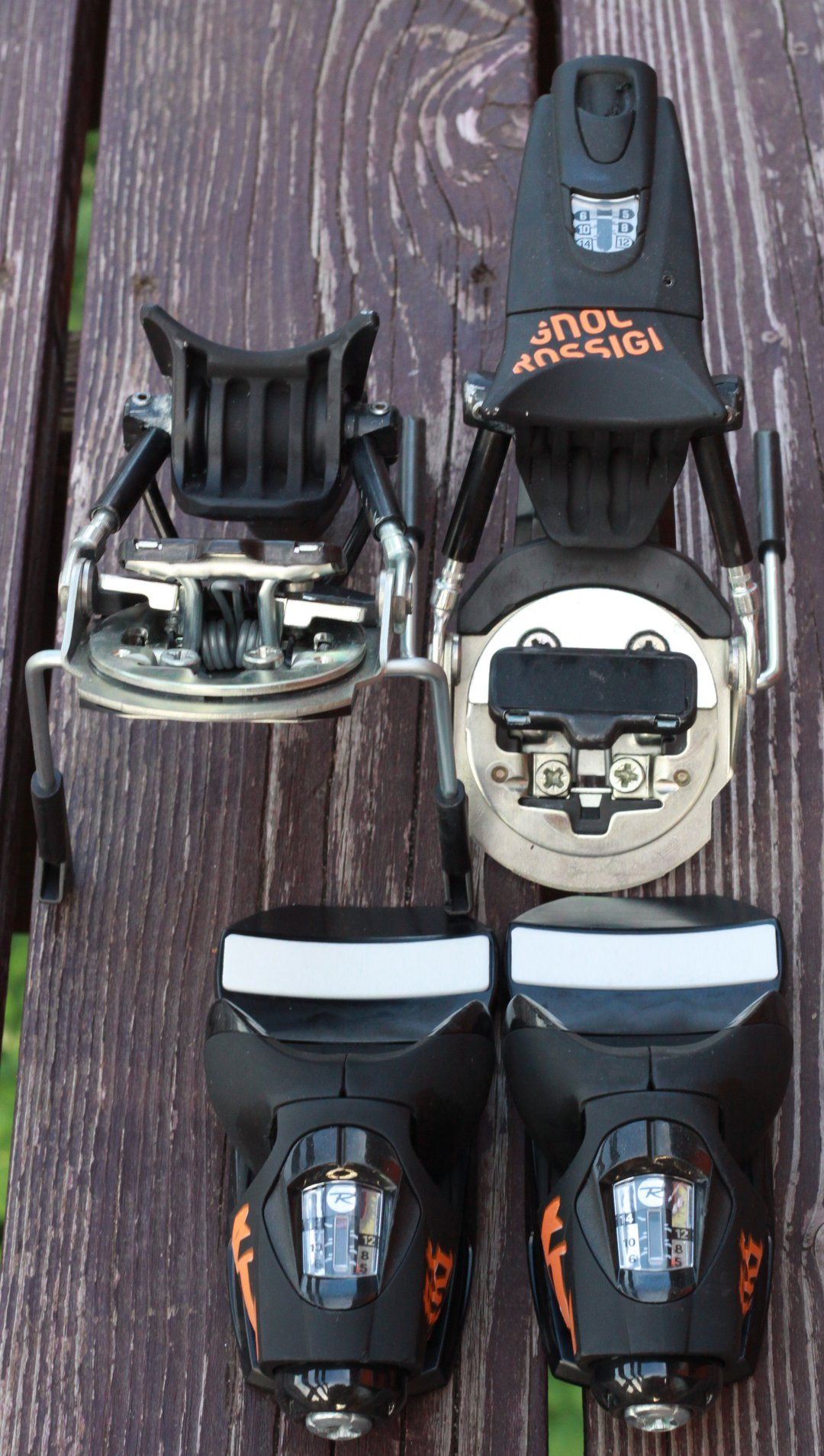 Ski gear - 2 of 17
