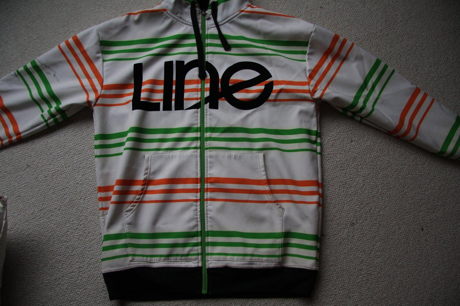 Line hoodie fs large