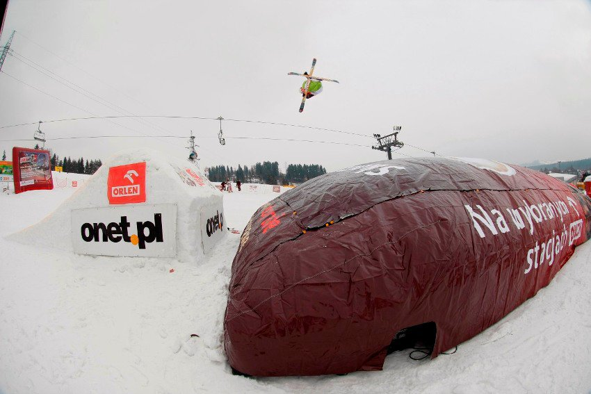 Big air bag jumps