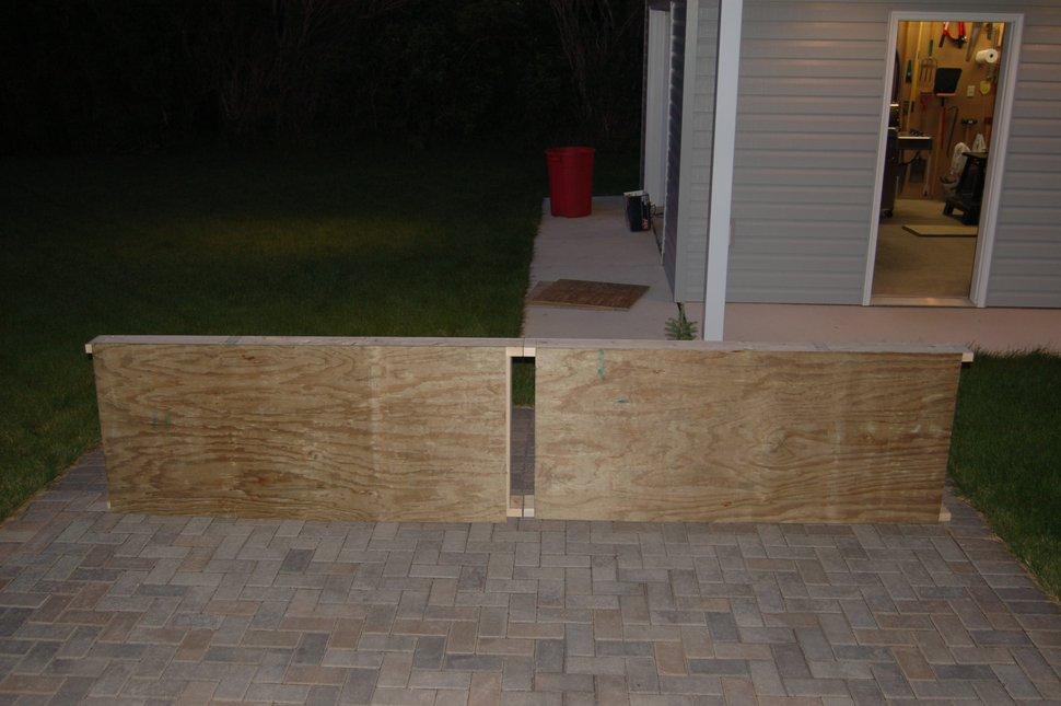 Rail w/ sidewalls
