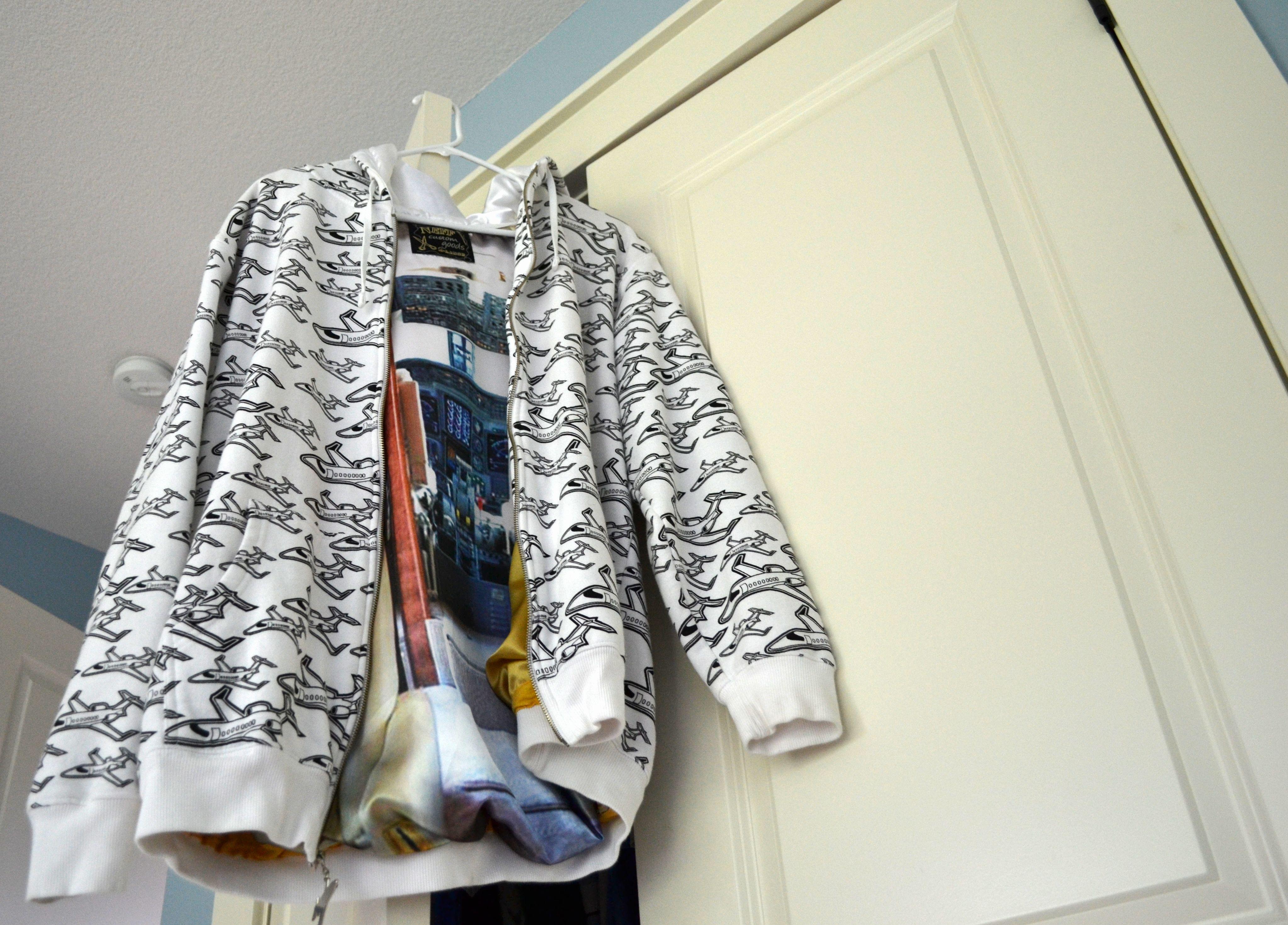 Air blaster hoodie