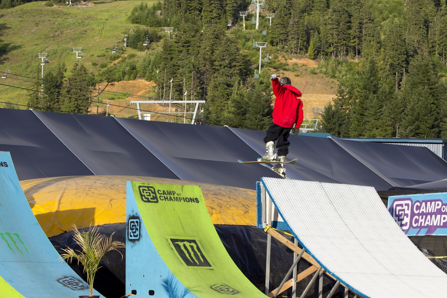 The Camp of Champions - The Launcher - 2 of 15
