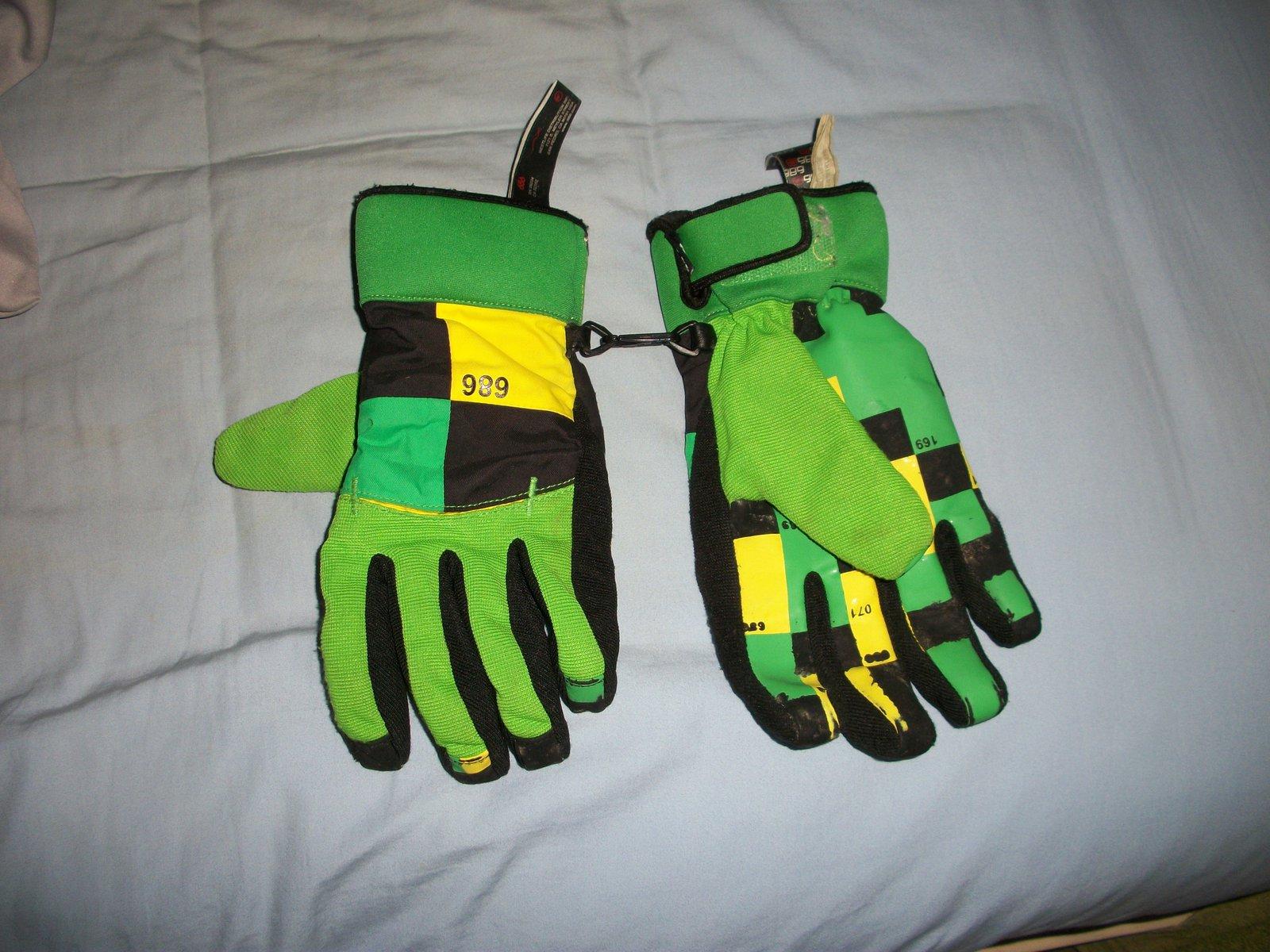 686 gloves