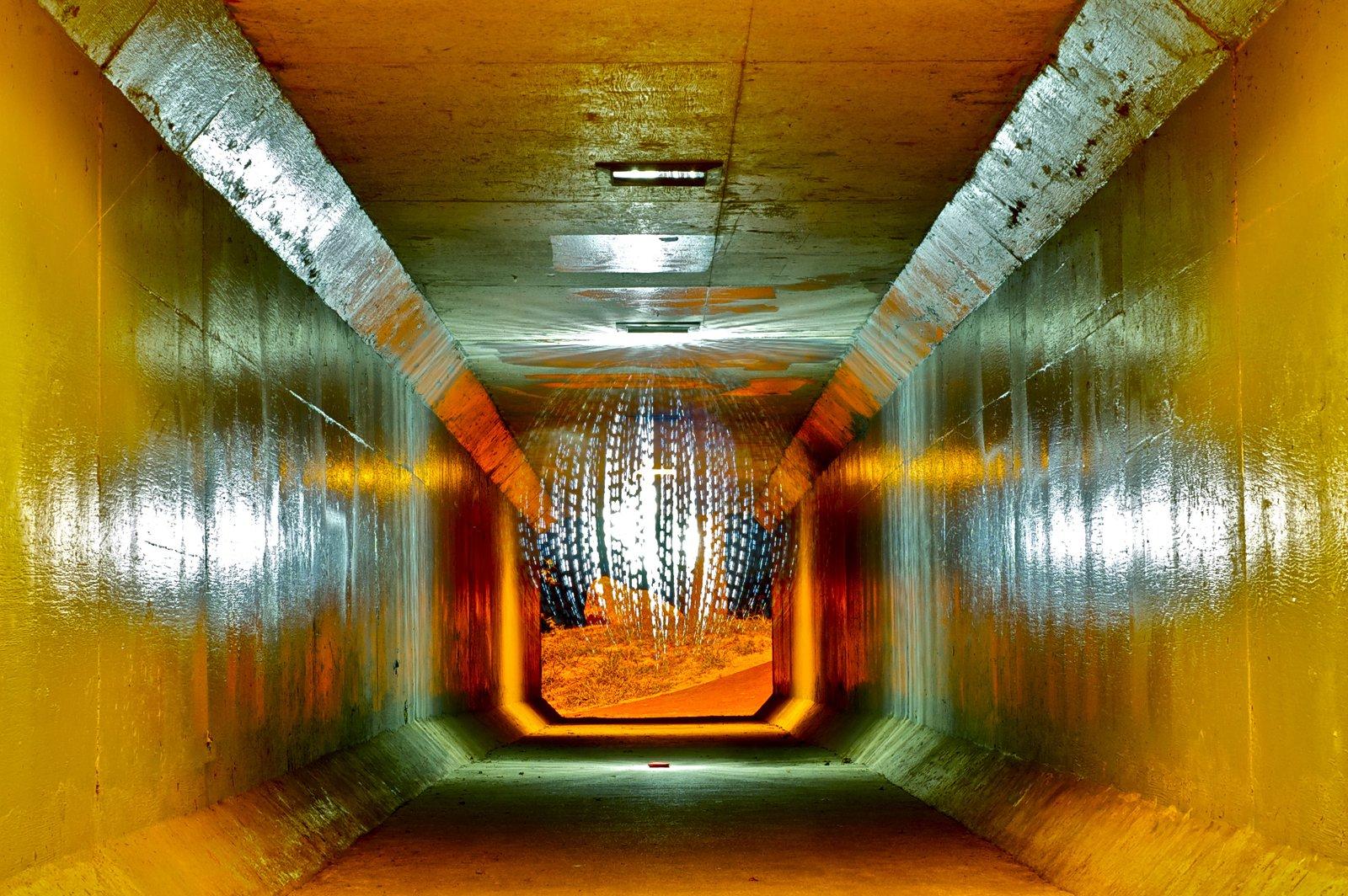 Tunnel Ball