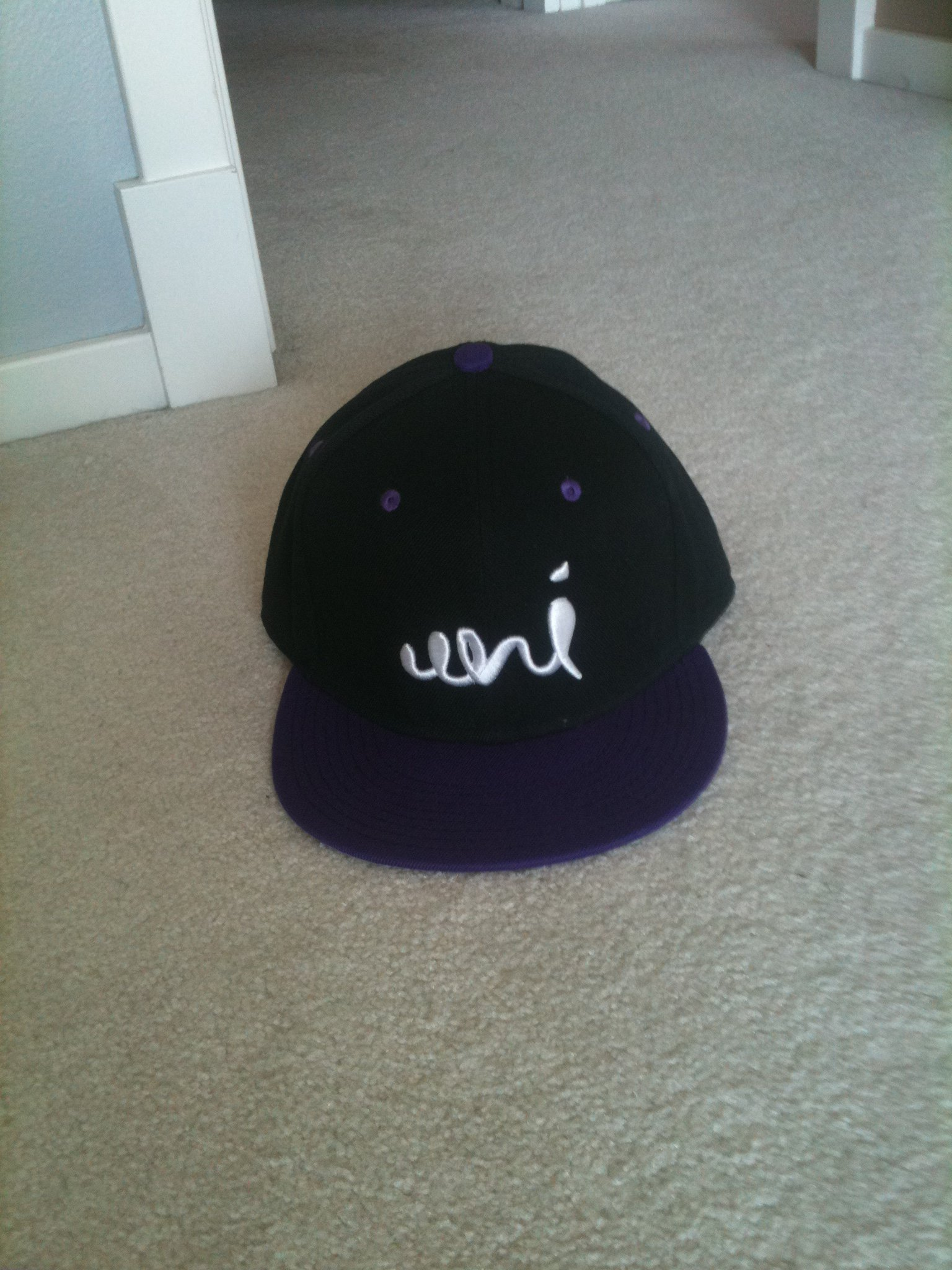 Uni Threads Snapback
