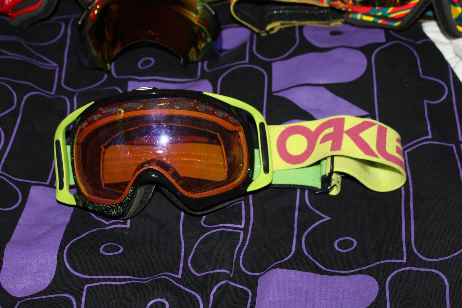 Oakley Right