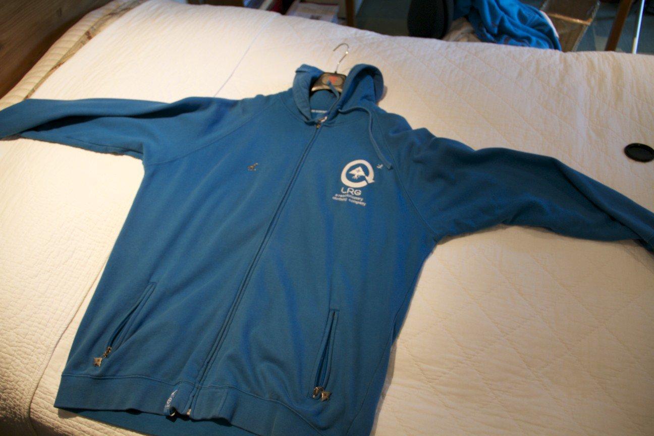 3XL LRG hoodie (same as henrik)