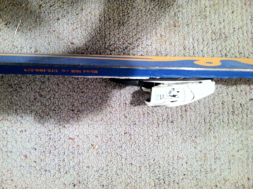 Ski chipping