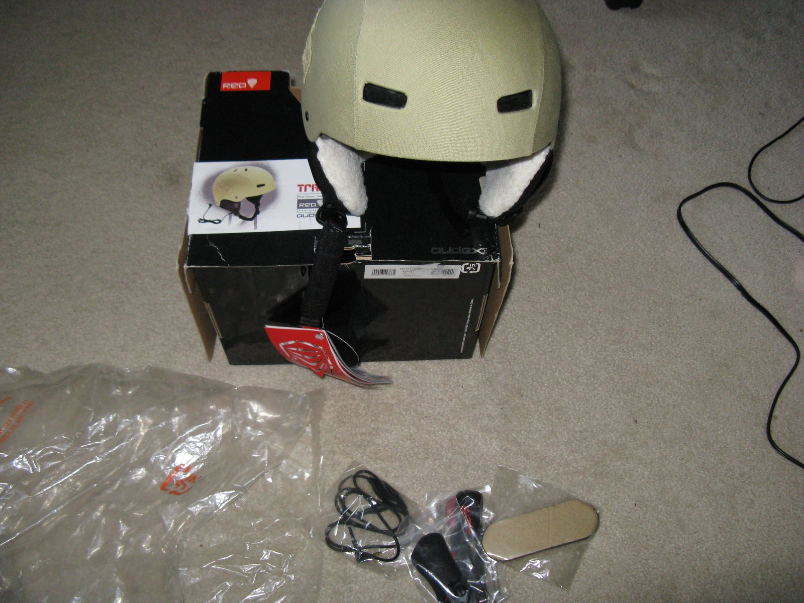 RED Trace helmet