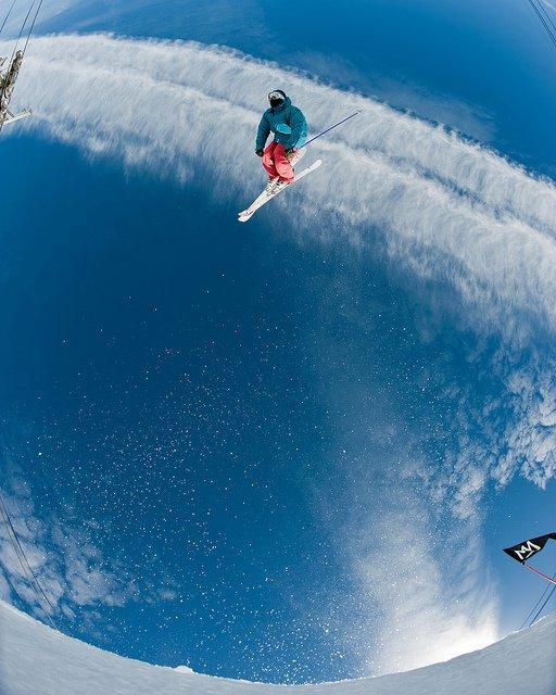 Big wave sky skiing