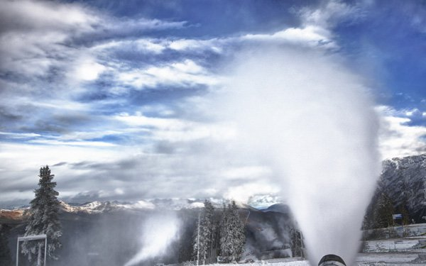 SNOW in October and NEW JIBS Daily