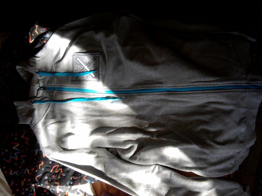 saga hoodie