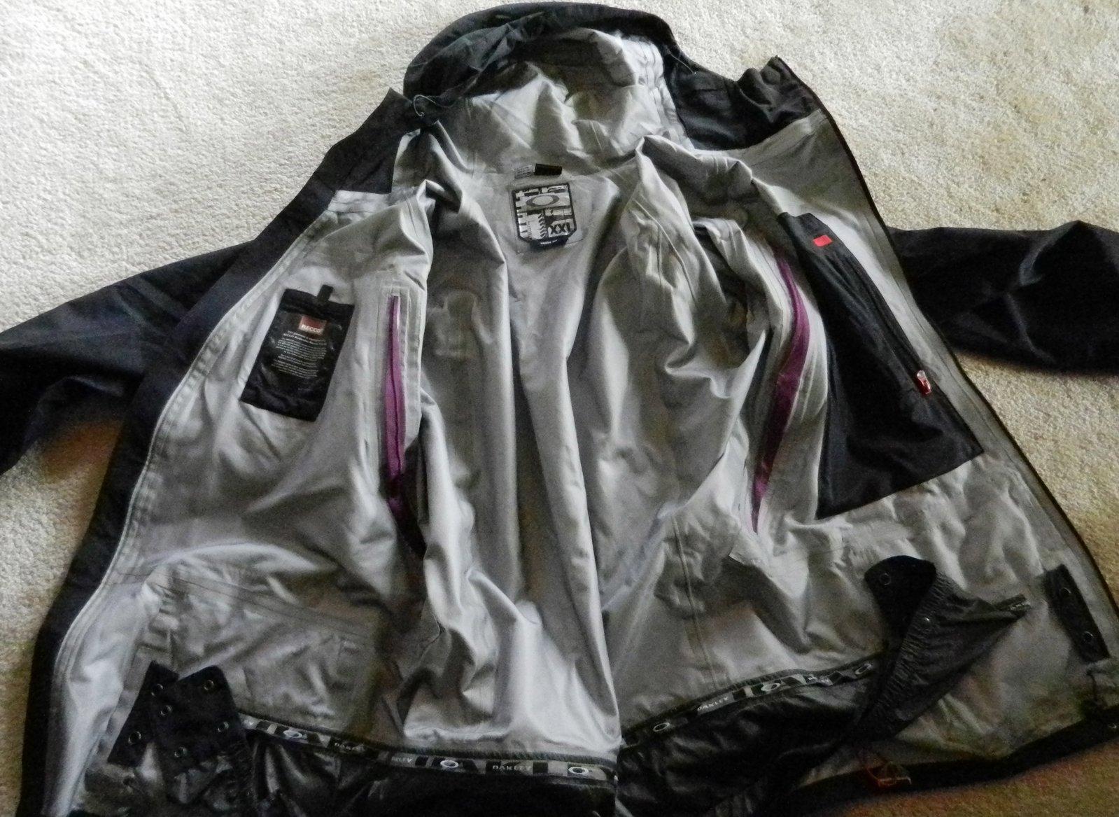 oakley jacket inside
