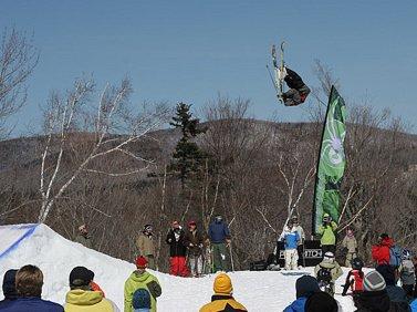 Mount Snow Opens Freeski