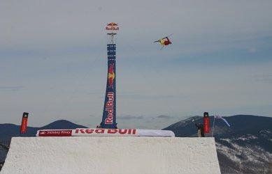 Simon Dumont Breaks World Record!