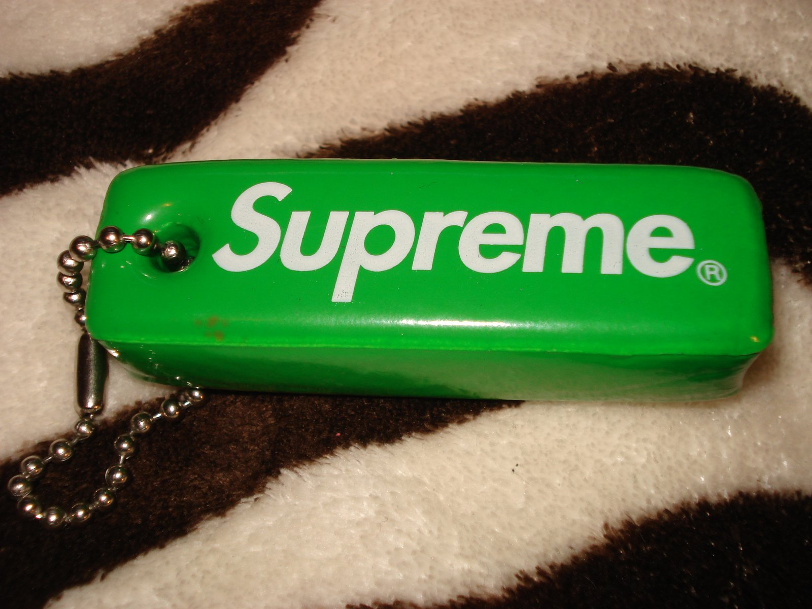 Supreme front