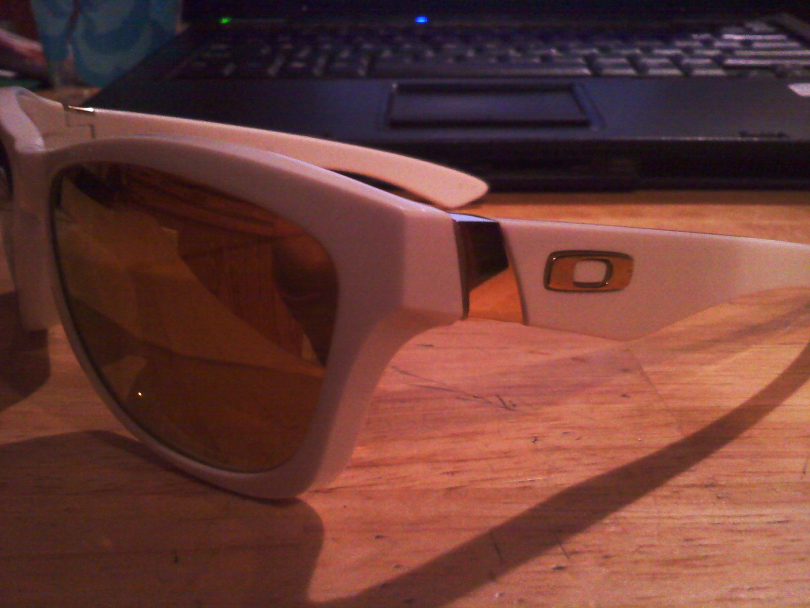 oakley jupiters (mirror lens)