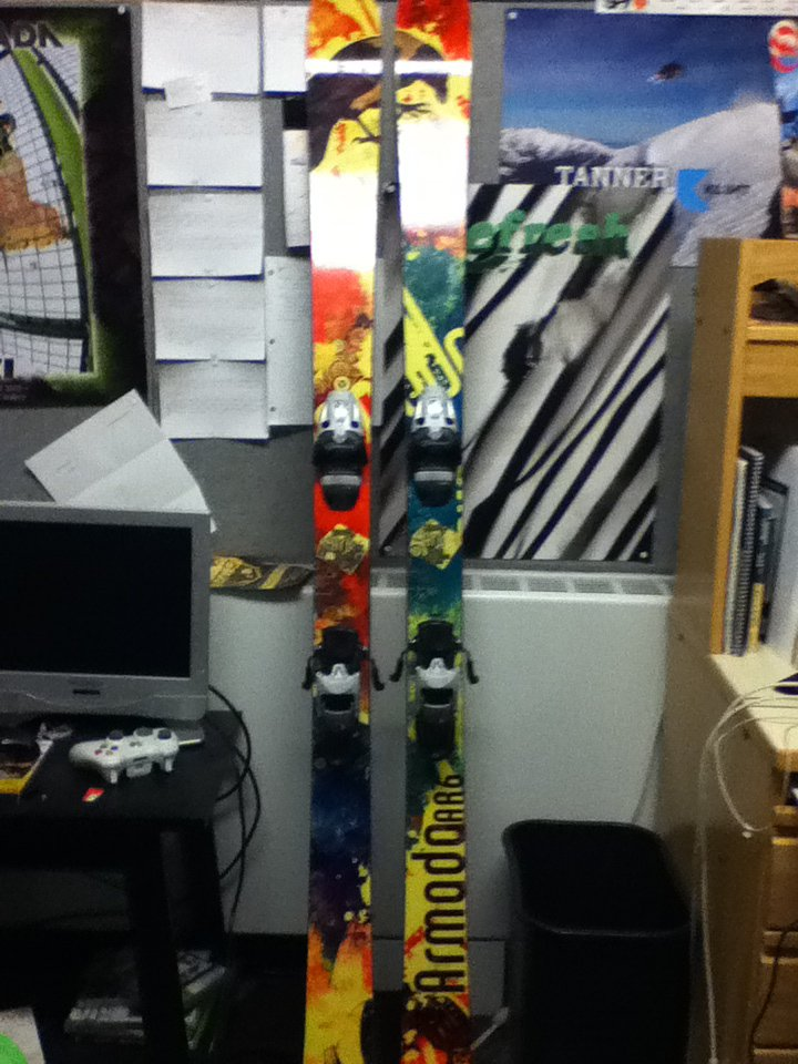 Skis fo sale