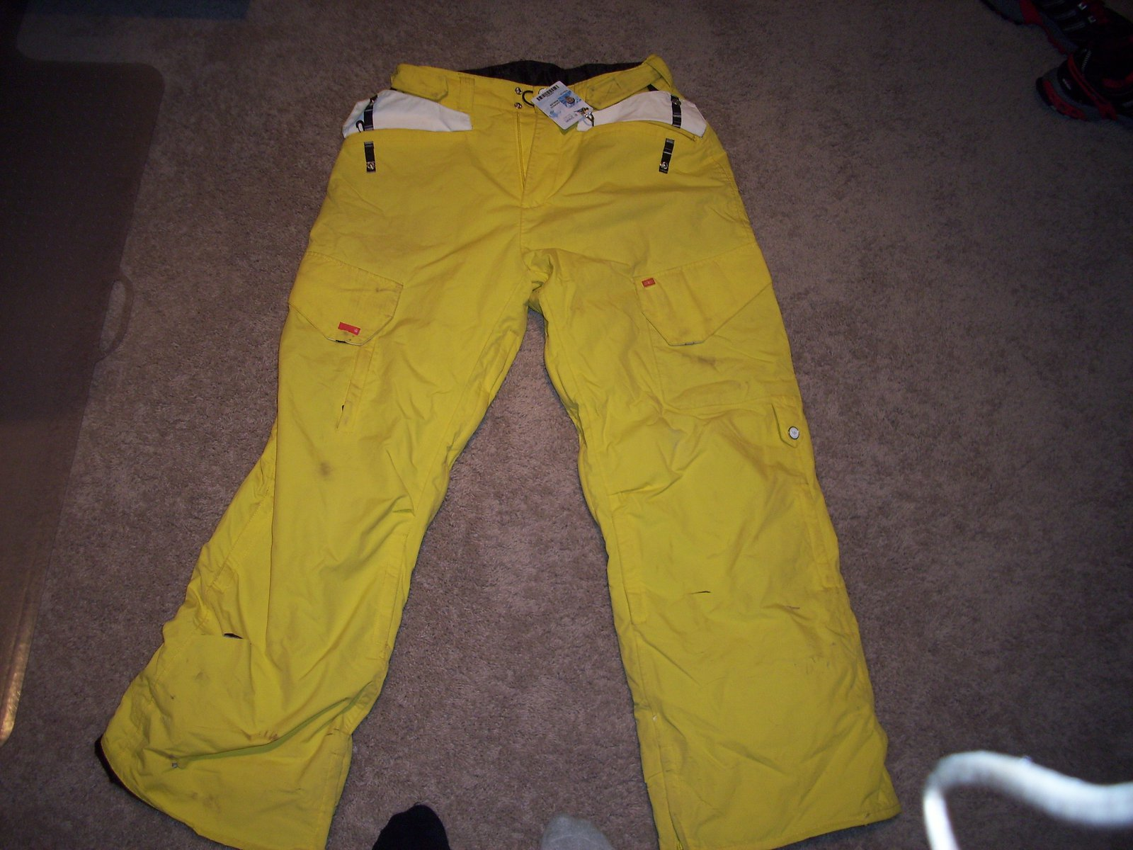 Foursquare pants