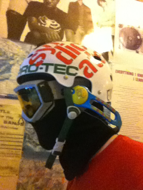 how to wear icons under helmet