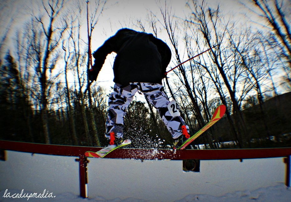 Laced Slope Style