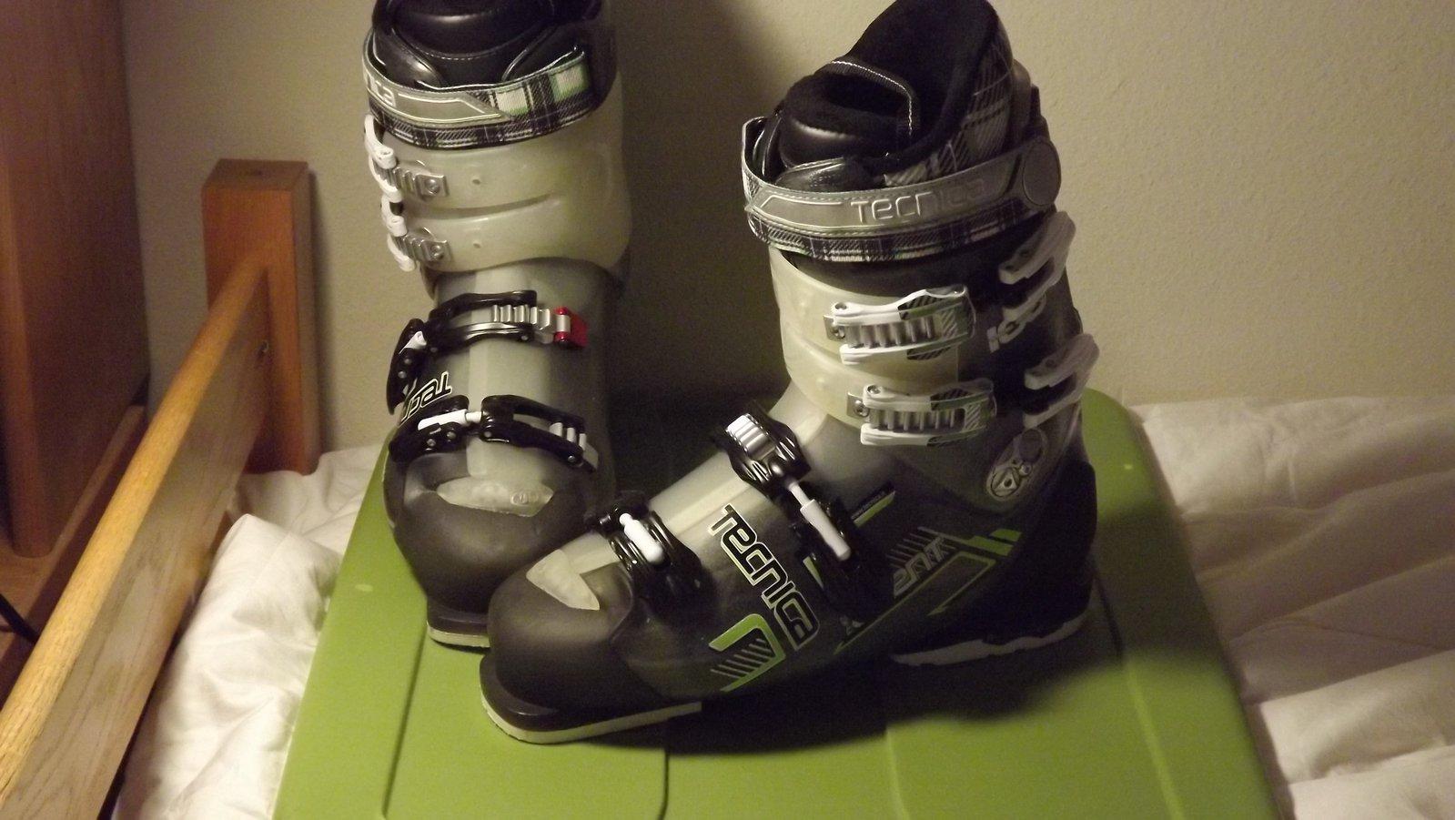 ski boots 2