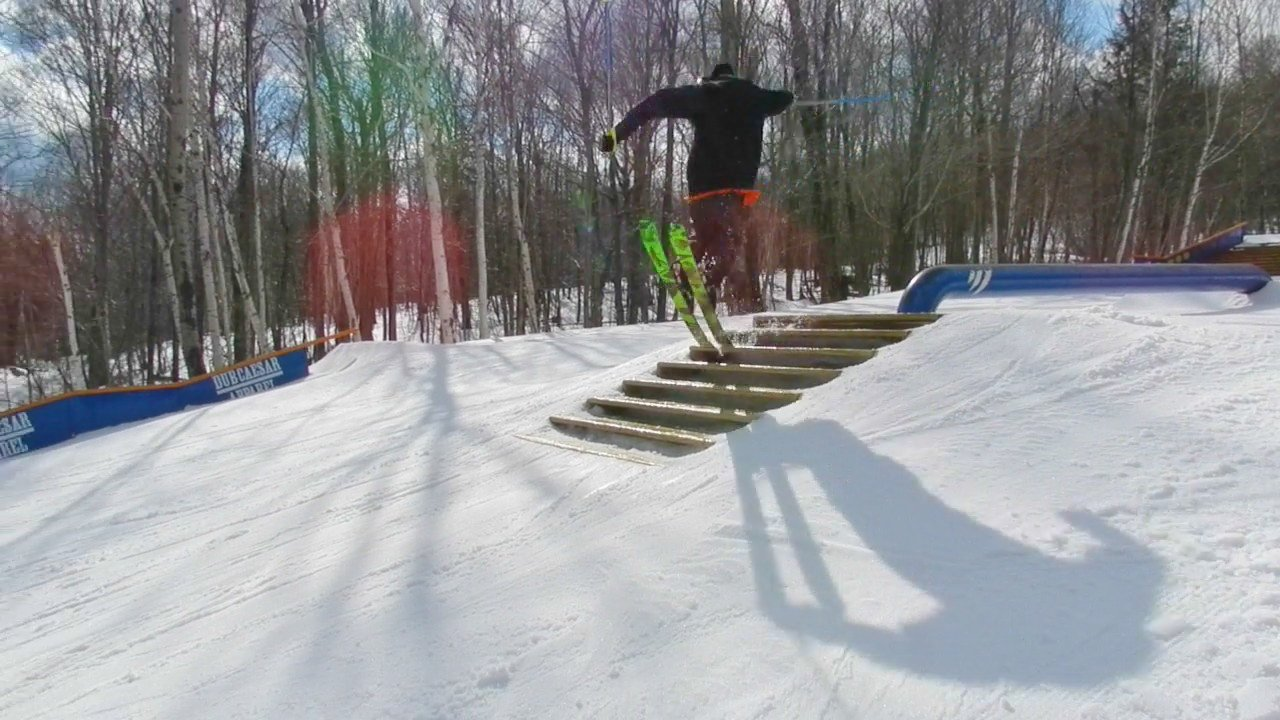 Staircase nose tap