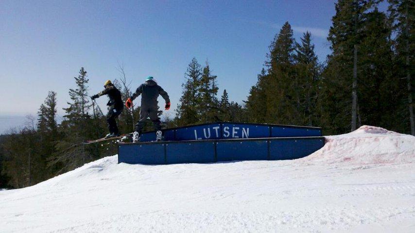 Lutsen skiing