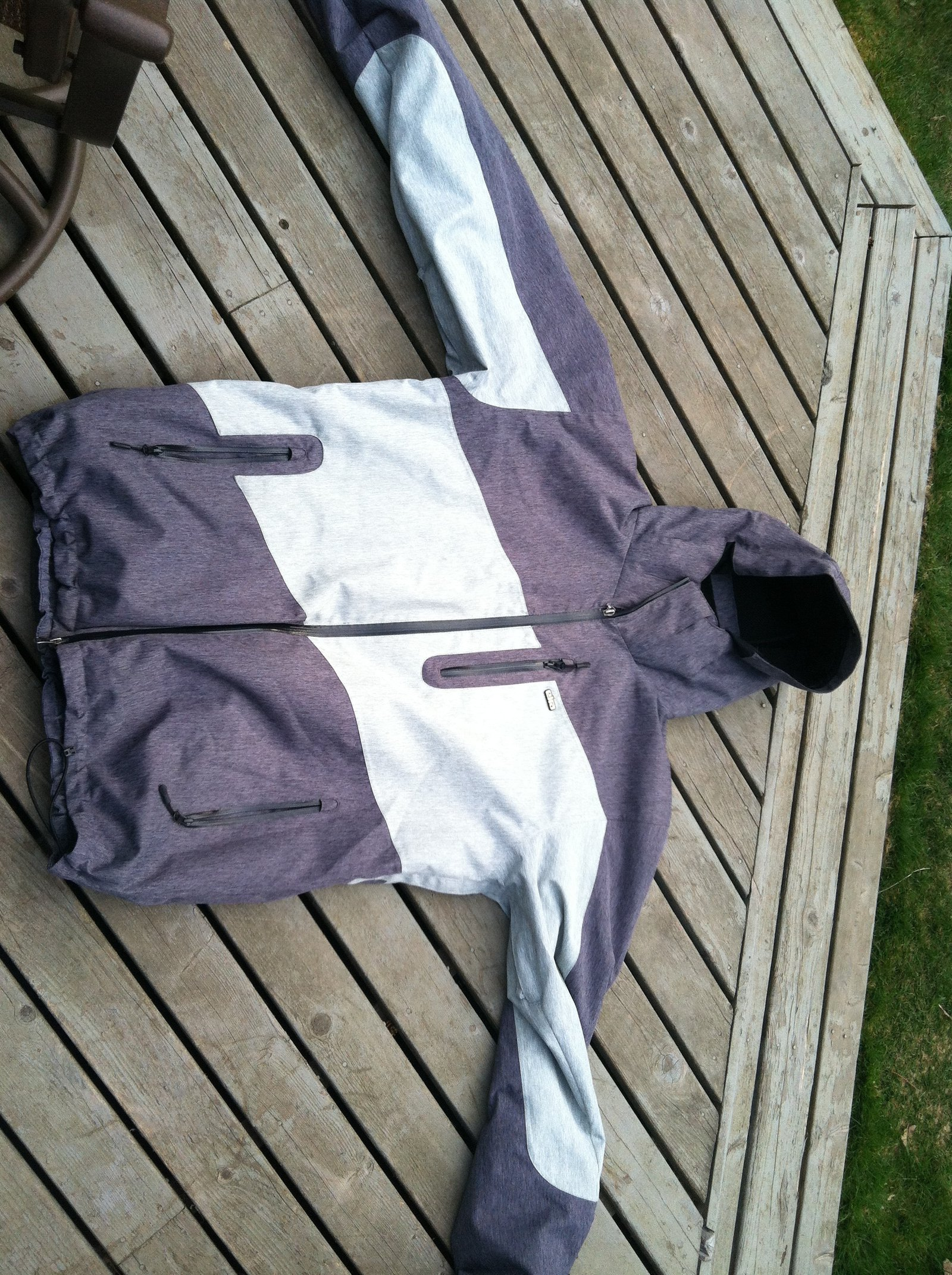 Eira jacket
