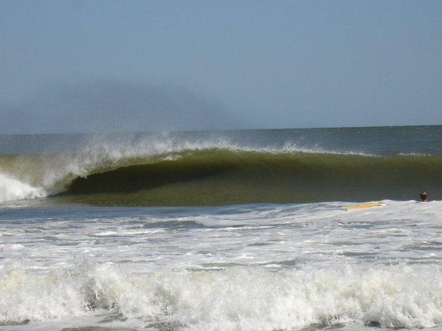Barreling NJ surf.