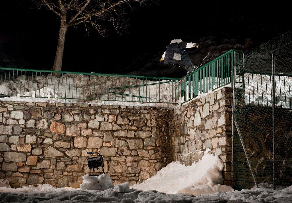 B-dog technical kink rail to drop