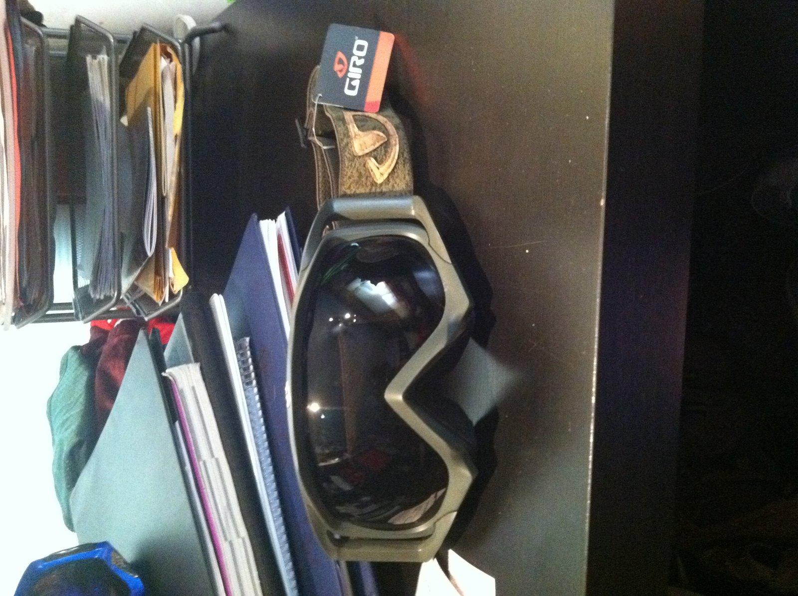 giro goggles brand new