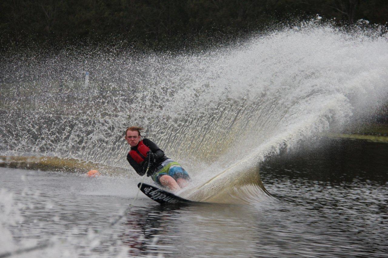 Slalom Waterski
