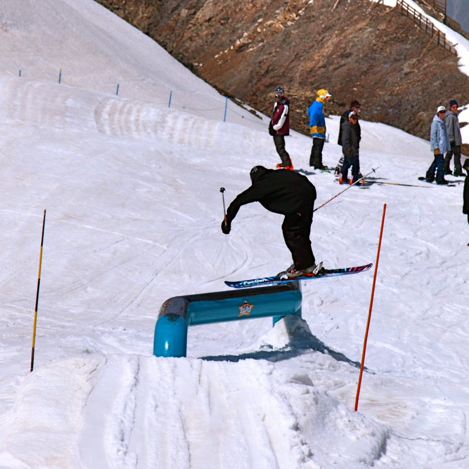 Unique Rail Shred
