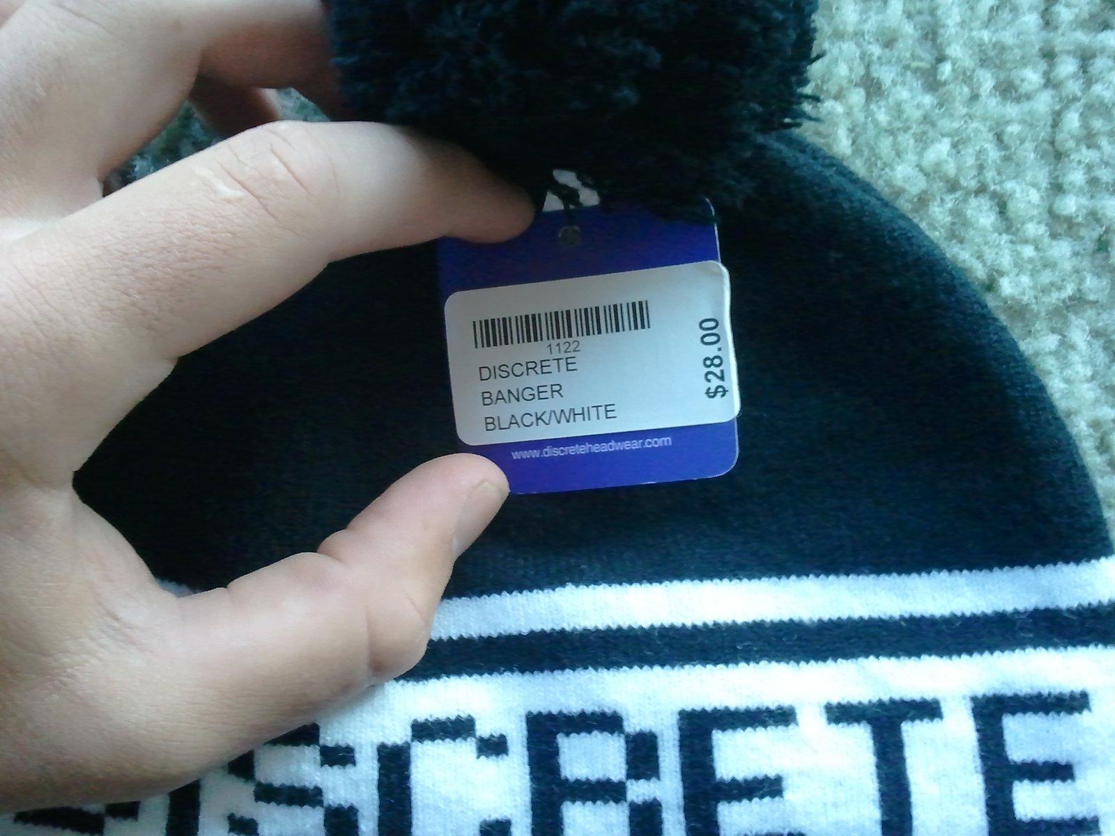 discrete hat tag