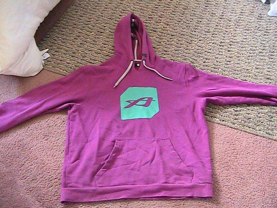 xl pink orage hoodie