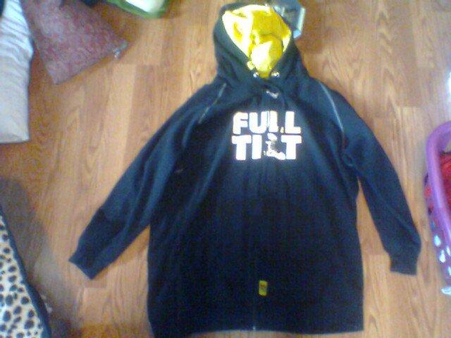 team size full tilt sweatshirt